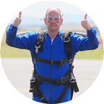 Coz_Skydiving_Thumbs_up